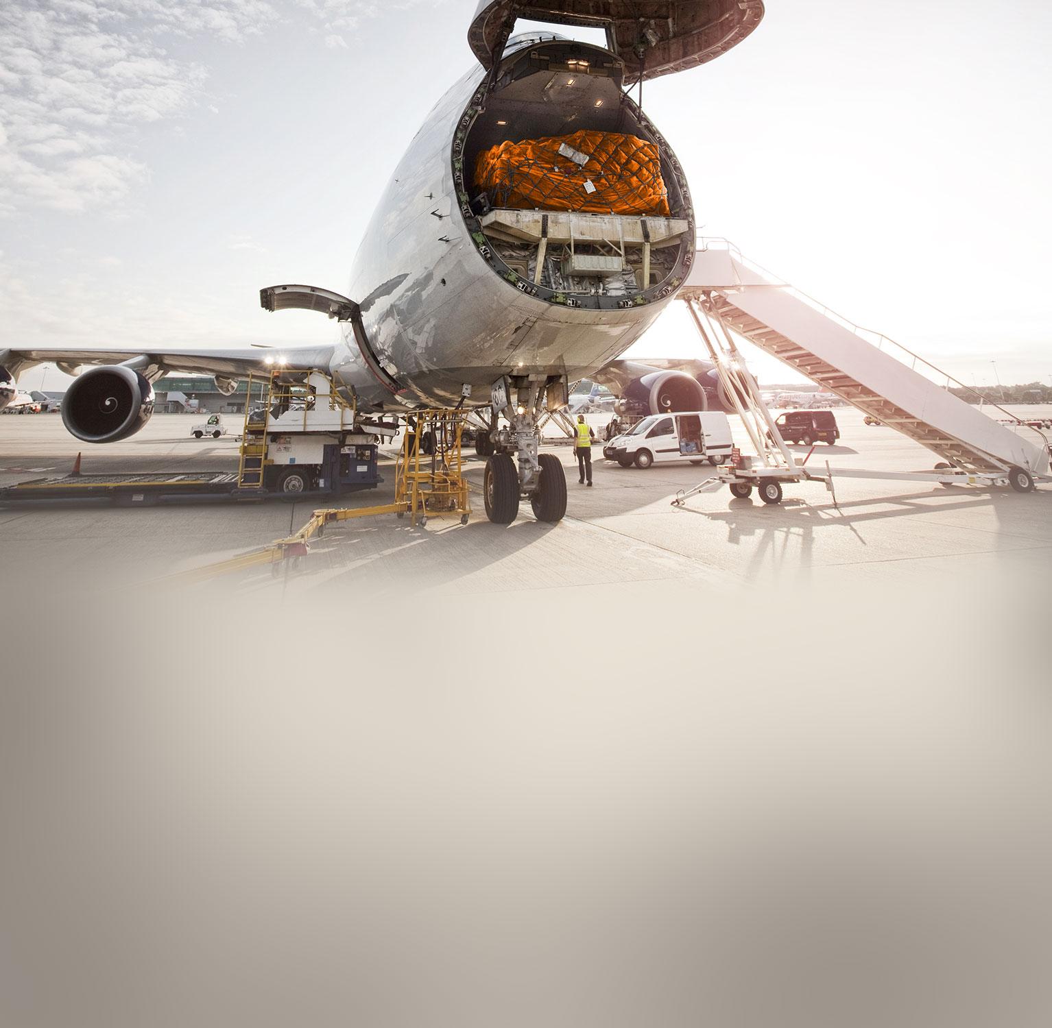 Boeing 747 with the nose cargo door open